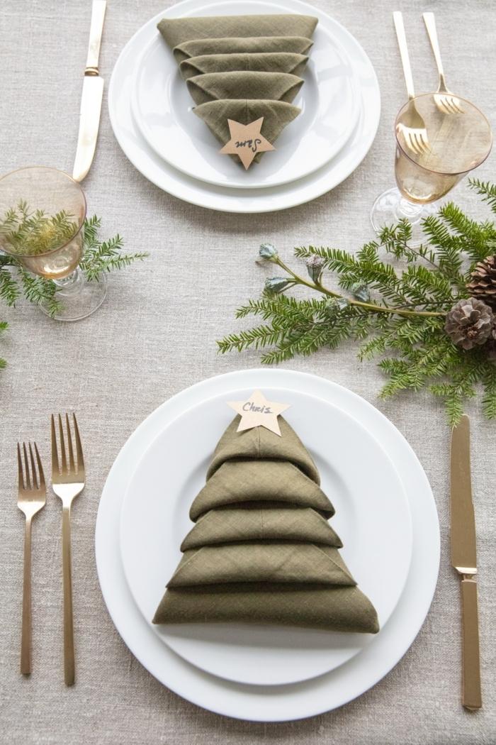 kreative minimalistische tischdeko servietten falten für weihnachten einfach anleitung tannenzweige deko weiße teller