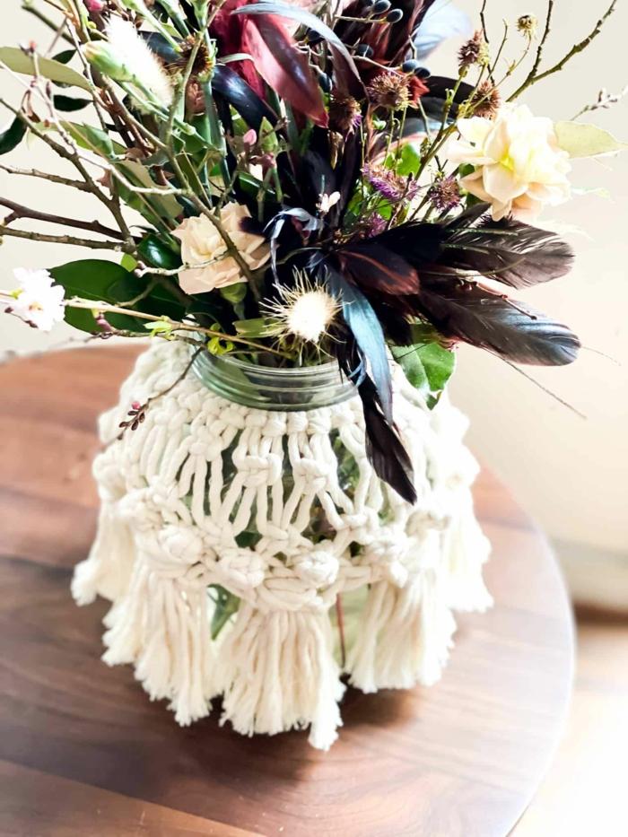 makrame windlicht selber machen makramee vase basteln glas mit blumen verwenden