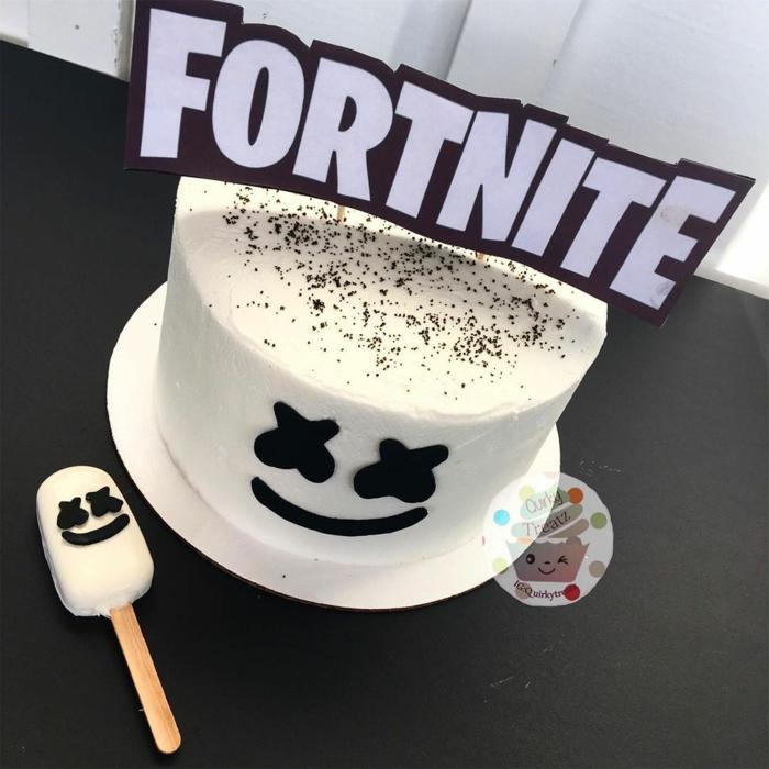 marshmallow kuchen geburtstag fortnite tortendeko inspiration vanille torte ideen tortenaufleger idee