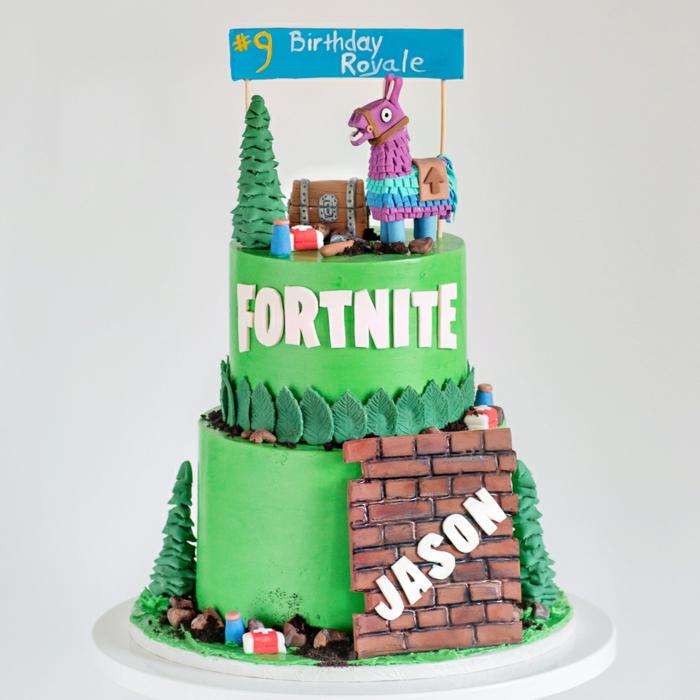 party fortnite geburtstag kuchen grüne torte auf zwei etagenn online spiel inspiration kreative dekoration geburtstagsparty