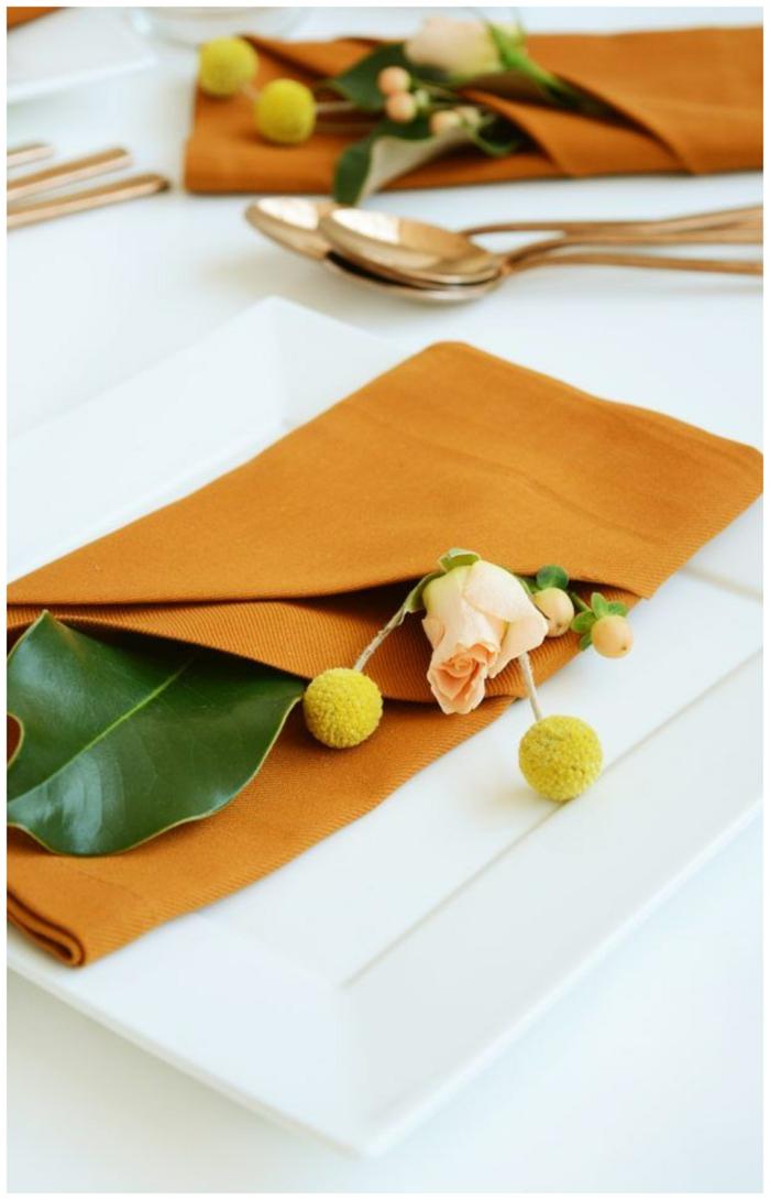 serviette falten hochzeit mit blumen kreative dekoration ideen inspiration schritt für schritt anleitung