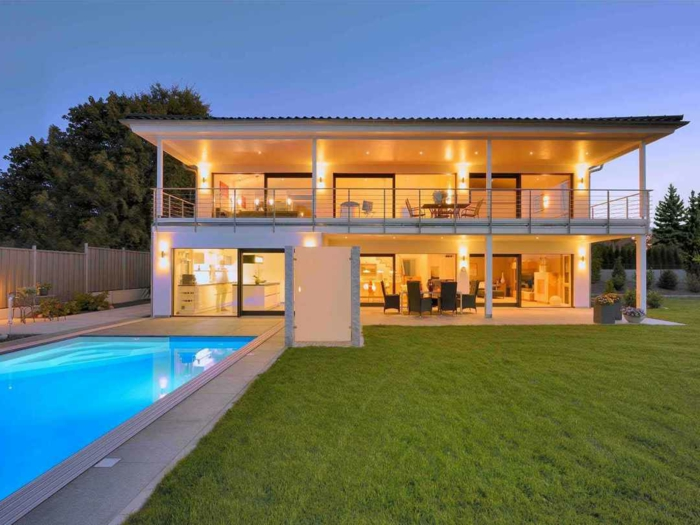 1 großes schönes haus mit schwimmbad gras fertighaus günstig schlüsselfertig