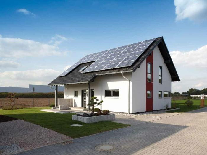 3 haus mit solaranlage einfamilienhaus bauen fertighaus kaufen informationen