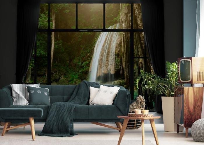 4 wohnzimmer inneneinrichtung fototapete mit wasserfall große grüne pflanzen dunkelgrüner couch