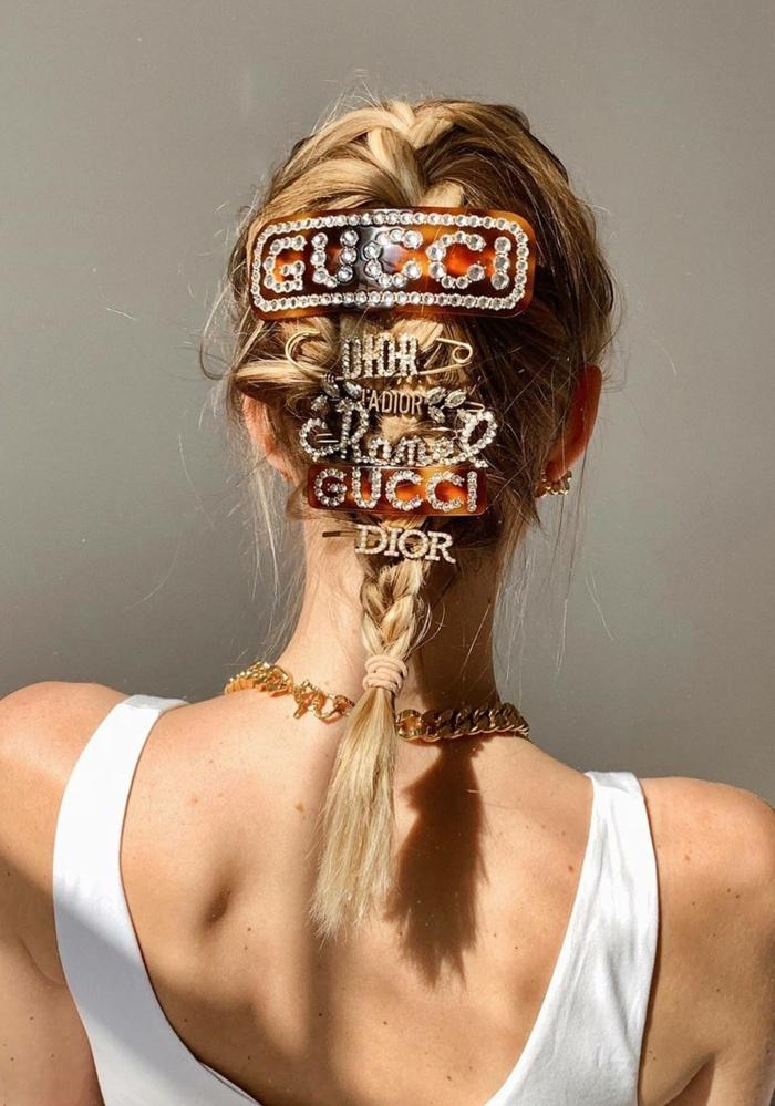 accessoires haare verschiedene haaspange chanel gucci kurzhaarfrisuren frauen 2020 inspiration leonie hanne style