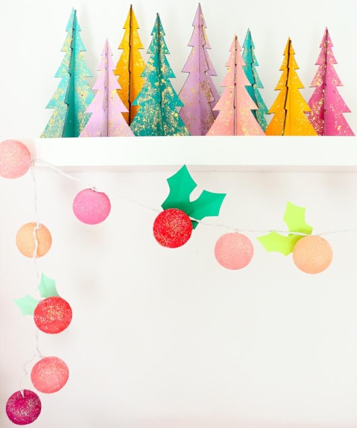 bastelideen weihnachten einfach kleine tannenbäume aus buntem papier papierbäume weihanchtbäume moderne weihnachtsdeko