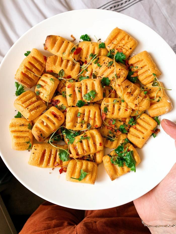 bestes gnocchi rezept vollkorn gnocchi mit kartoffeln petersilien frisch und tomatenpüree gnocchi einfrieren