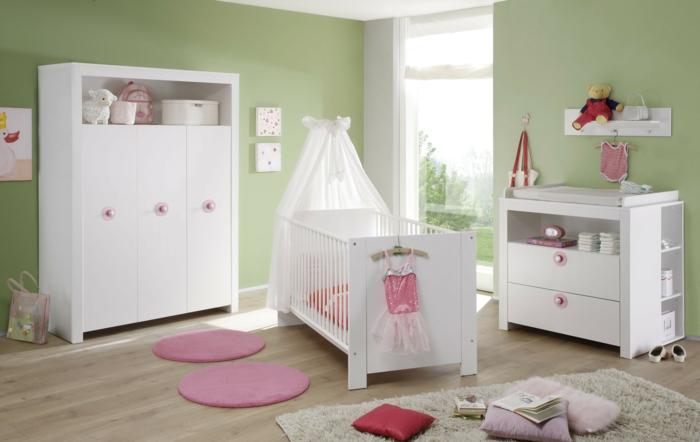 eine wickelkommode gründe wand babybett babyzimmer einrichten