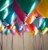 einladungskarten auswählen tipps karten zur party einladungen partyeinladungen farbenfrohe luftballons