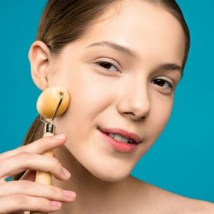 Regelmäßige Gesichtsmassage - eine frische Haut ohne Falten