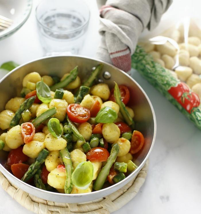 gnocchi gerichte original italienische gnocchi selber machen gnocchi mit tomaten und spargeln selber machen schnell