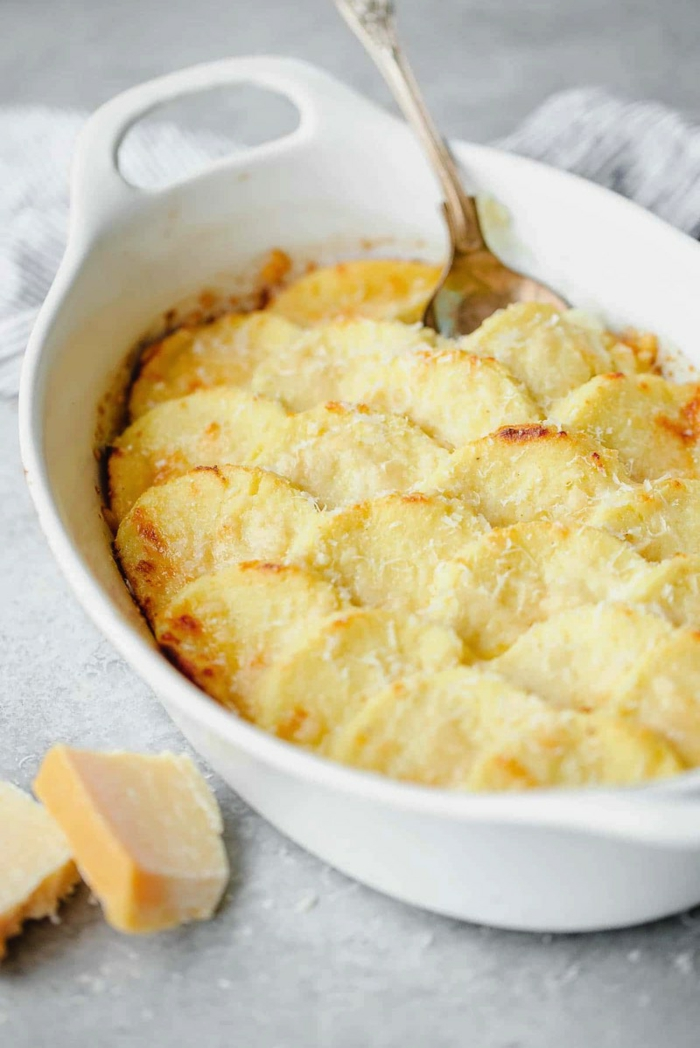 gnocchi rezept chefkoch gnocchi italienisch rezept gnocchi alla romana in scheiben backen weißes backblech mozzarella käse