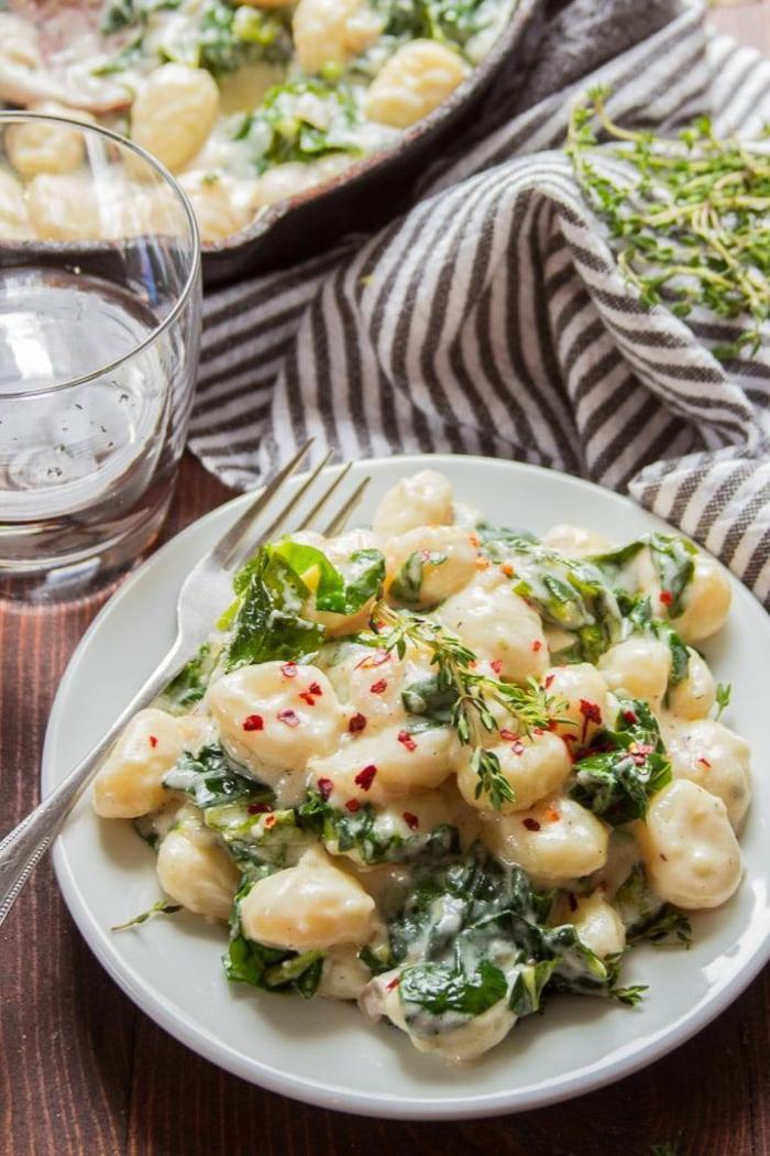 gnocchi selber machen mit grieß vegan gnocchi selber machen gnocchi rezept chefkoch zitronensaft knoblauch soße
