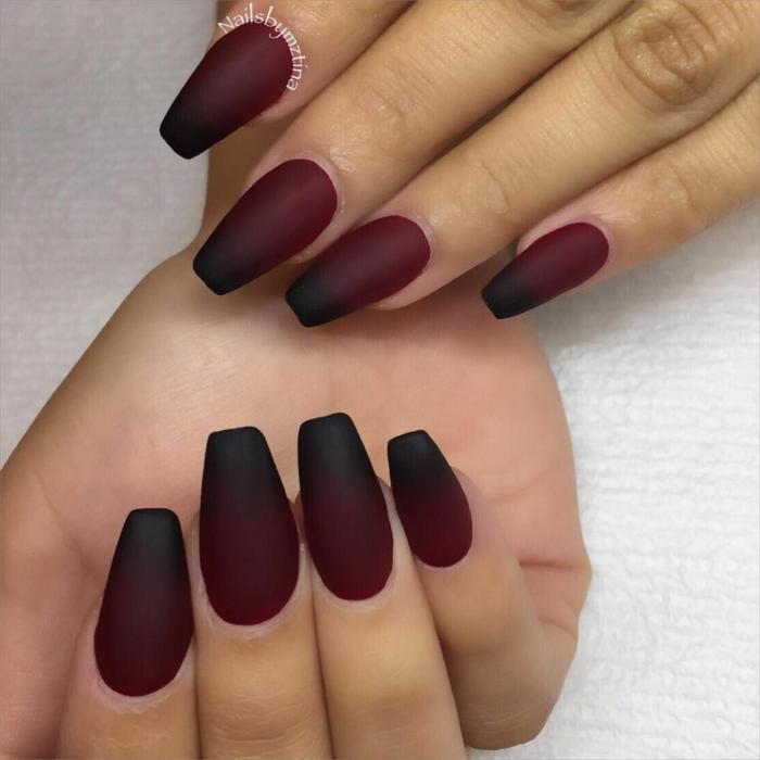 nageldesign ombre sehr lange fingernägel ballerina nagelform dunkel roter und schwarzer nagellack maniküre inspiration