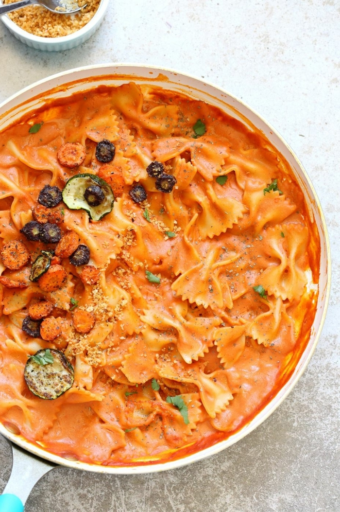 one pot pasta rezepte soße mit tomaten und sauerrahm einfache zubereitung ideen fürs mittagessen