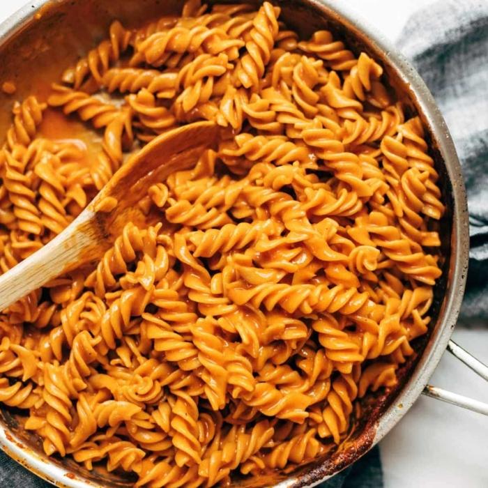 one pot pasta rezepte vegan wodka pasta mit cremesoße einfache zubreitung gerichte zum ausprobieren