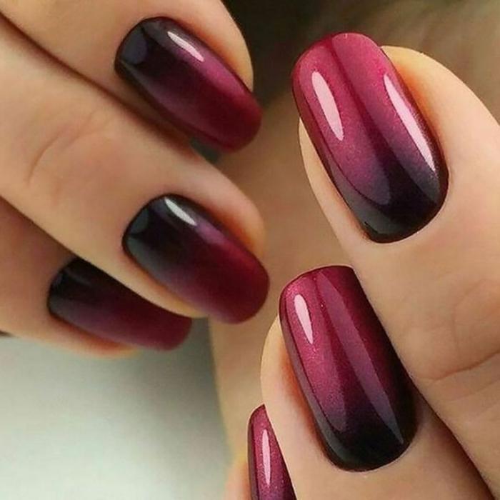 ovale nagelform elegante maniküre dunkle nagellackfarben ombre nails inspiration ideen