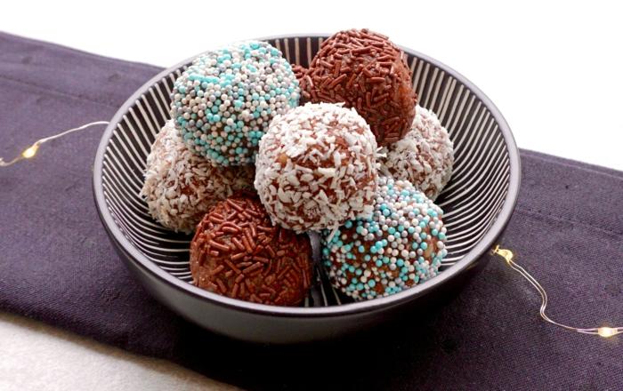 rumkugeln rezepte einfach und schnell rumkugeln mit verschiedenem streusel schoko kokos