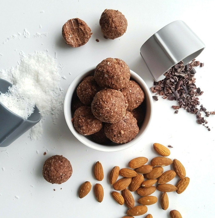 rumkugelnchefkoch rumkugeln einfach rezept mandeln kokos dunkle schokolade rumkugeln selber machen