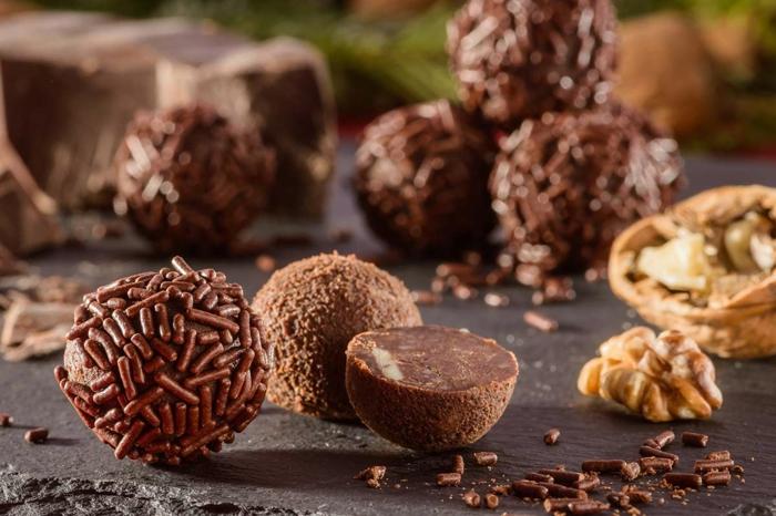 saftige rumkugeln glutenfrei mit walnüsse schokolade rezept rumkugeln selbstgemacht