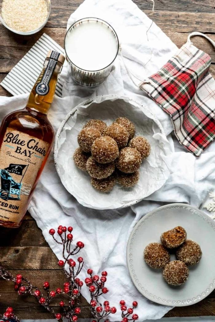saftige rumkugeln rezepte schnell und einfach rumkugeln mit spicey rum und vanille selbermachen