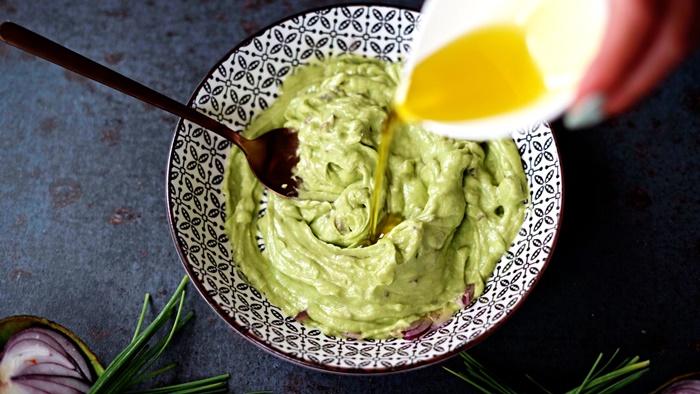 schnelle soße für potrobello pilze avocadosoße zubereiten einfach