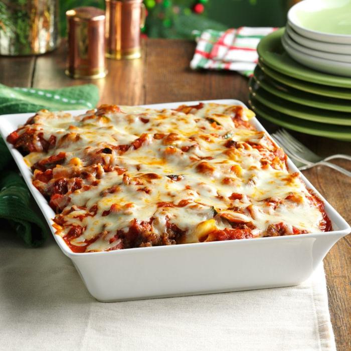 schnelles essen für heiligabend einfache weihnachtmenüs pasta und wurst kasserole weihnachtsmenü rezepte