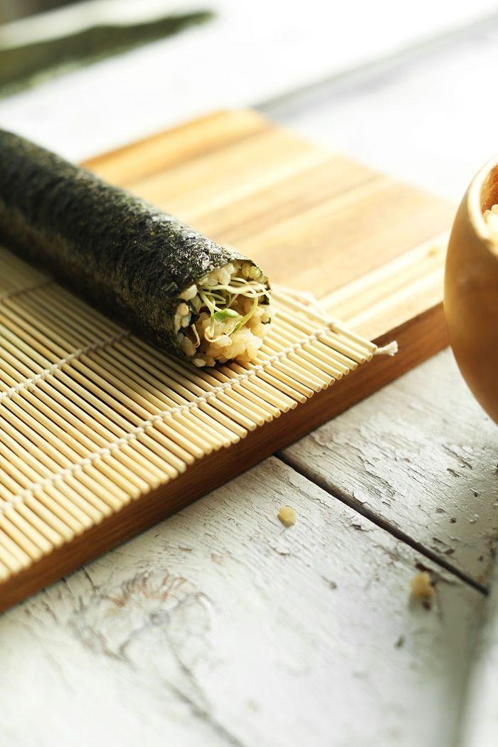 sushi ohne fleisch zubereiten schritt für schritt rezepte mit reis japanisch