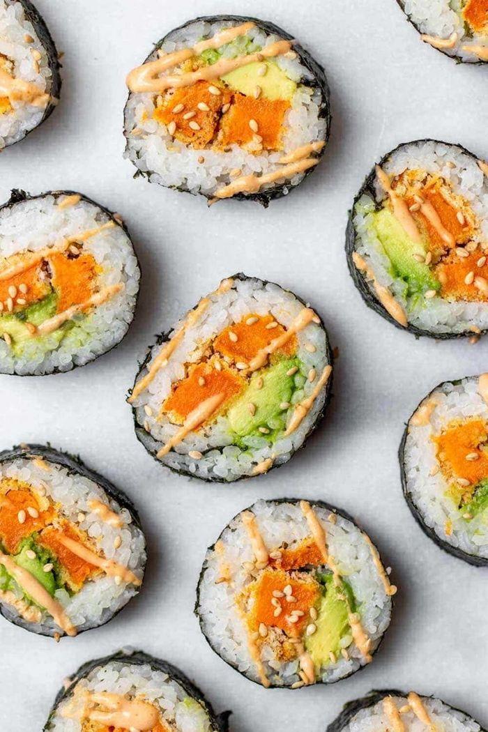 sushi reis zubereiten rezept mit süßkartoffeln und avocado lecer