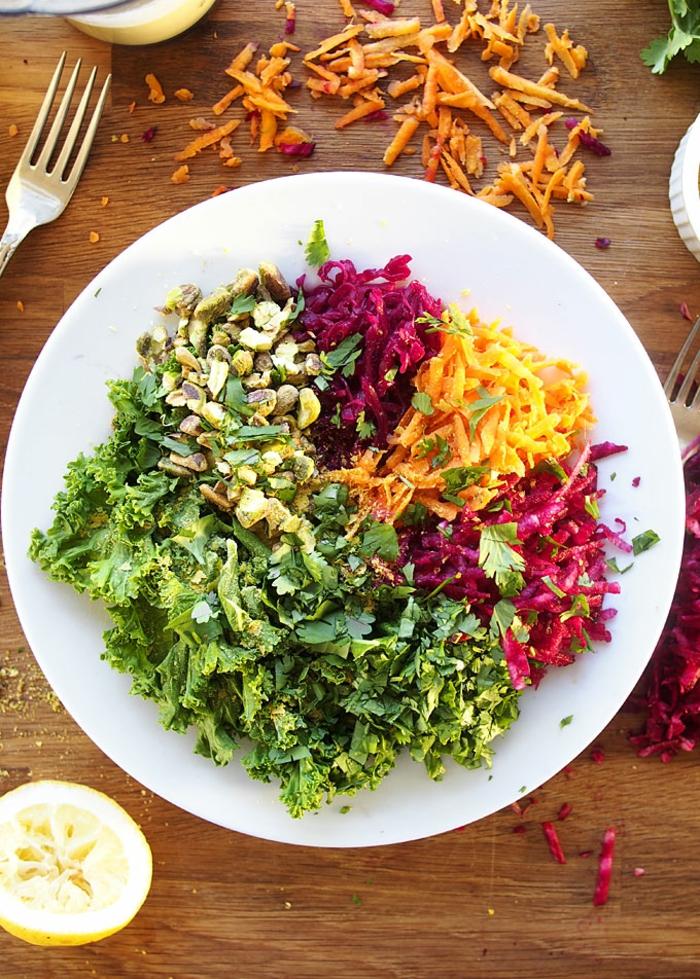 vegan bowl mit jalapeno knoblauch tahini sauce gerichte mit sauerkraut gesund zubereiten ausgewogene ernährung
