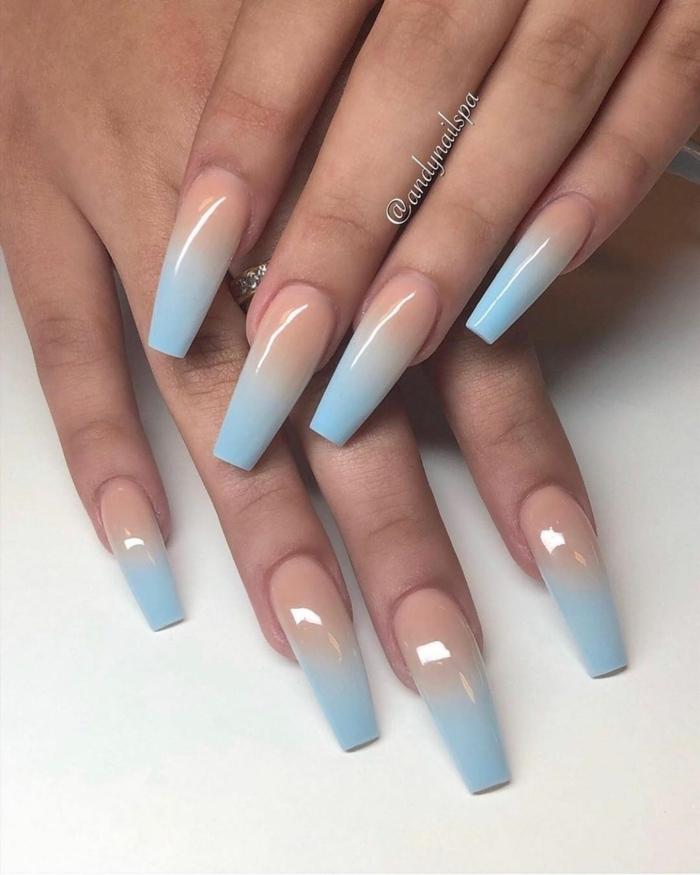 verlaufender nagellack blau und beige lange maniküre gelnägekl ballerina ombre ideen