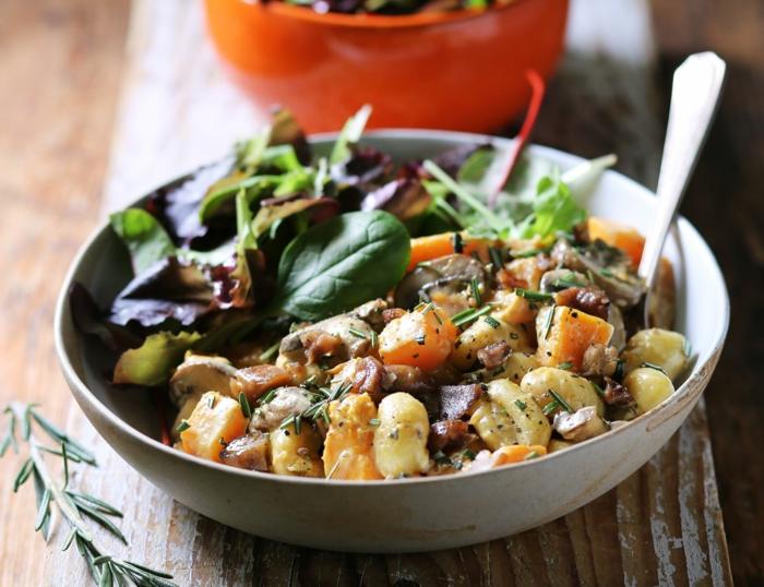 vollkorn gnocchi gnocchi grundrezept vegan gnocchi slebstgemacht kremige kürbis soße kastanie pilzen