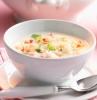 weiße schüssel meerrettich rezept für eine meerrettich suppe mit frischen säuerlichen äpfeln