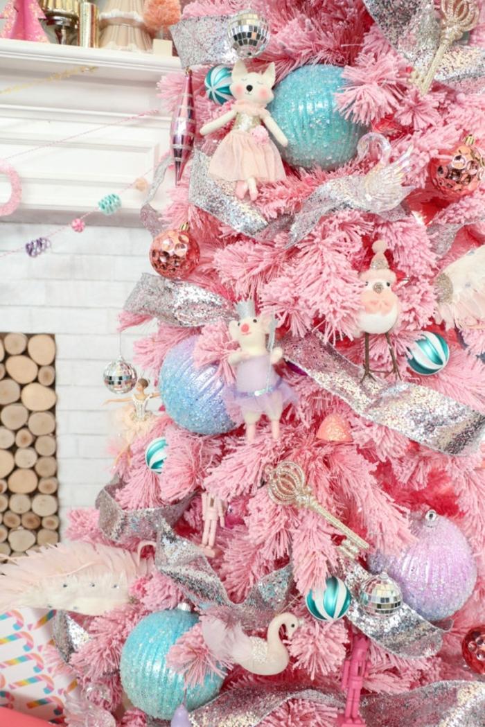weihnachtsdeko selber basteln rosa tanenbaum moderne weihnachtsdeko christbaumschmuck in silbern und blau