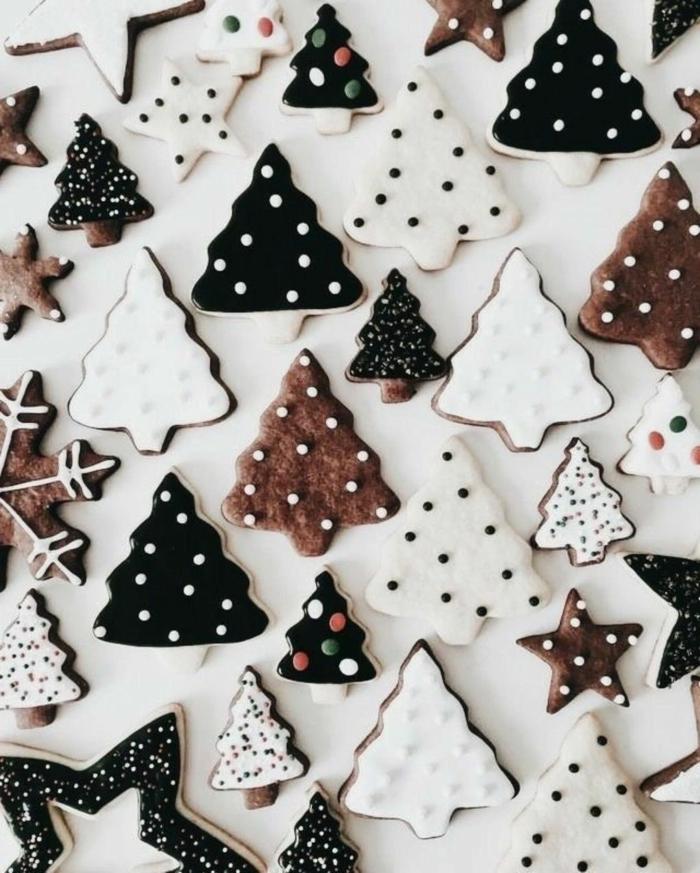 weihnachtsplätzchen in tannenbaumform glasur verschiedene farben die schönsten hintergrundbilder weihnachten handy