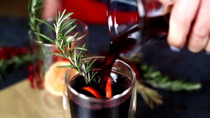 weihnachtsrezepte glühwein selber machen schritt für schritt weihnachtsgetränk