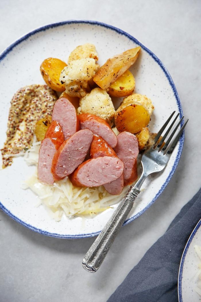 wurst mit kartoffeln rezept mit sauerkraut schnelles mittagessen ideen leckere gerichte