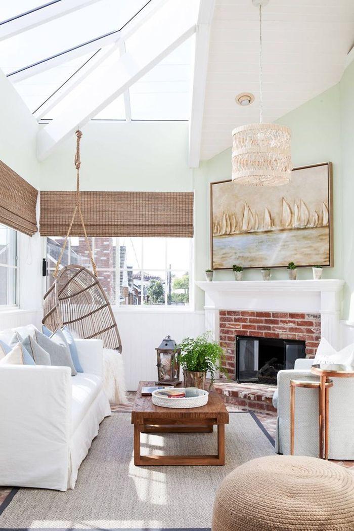 decken deko kleines zimmer mit hoher zimmerdecke einrichtung in weiß skandinavisch wohnen