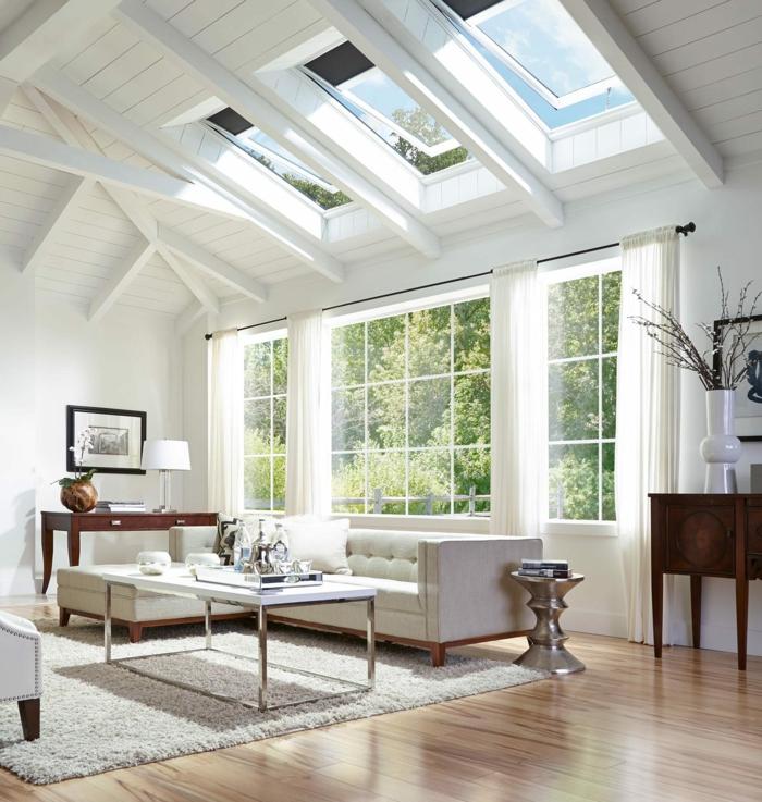 ecksofa weiß mit holzbeinen velux fenstergrößen wohnzimmer einrichtung modern holz akzente minimalistische gestaltung