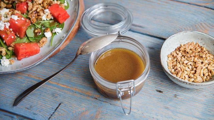 einfaches 3 gänge menü valentinstag dinner kochen zu zweit ideen rezepte für verliebte balsamico dressing salat besonderes abendessen rezepte