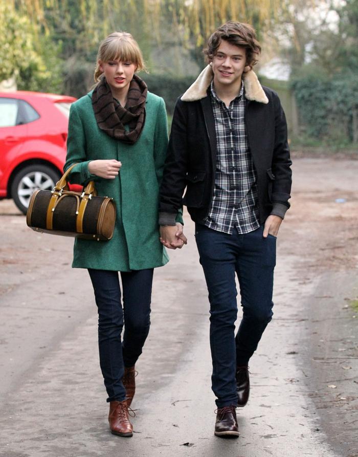 fotos von taylor swift und harry styles freundin grüner mantel braune tasche