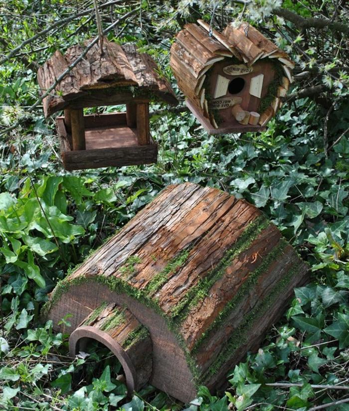 igelhaus mit oder ohne boden aus baumstamm igelhaus bauen igel im gartenschützen