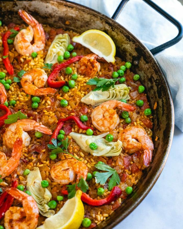 inspiration paella rezept einfach mit meeresfrüchten garnellen und gemüs erbsen was soll ich heute abend kochen ideen