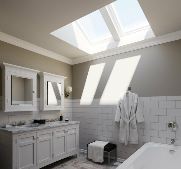 kleines badezimmer mit badewanne minimalistische weiße schränke dachfenster austauschen kosten informationen und tipps