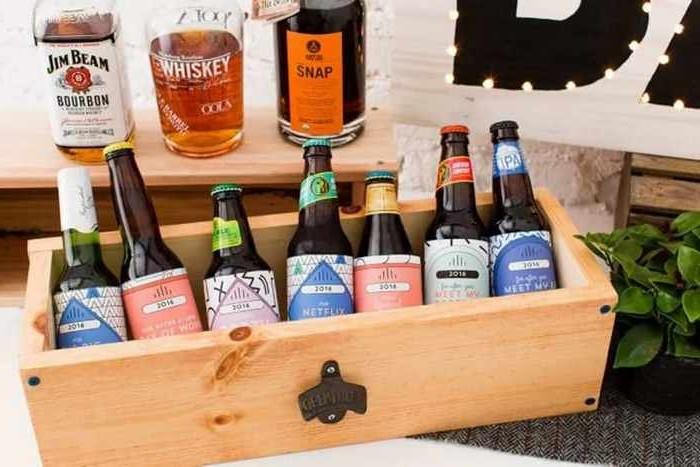 liebesgeschenke valentinstag geschenk mann valentinsgeschenke geschenk valentinstag holzbox bierflaschen kaufen diy