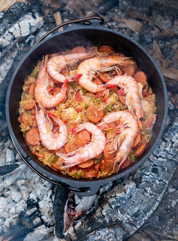 meeresfrüchte gerichte rezepte für dutch oven speisen mit garnellen reis und gemüse abendessen ideen