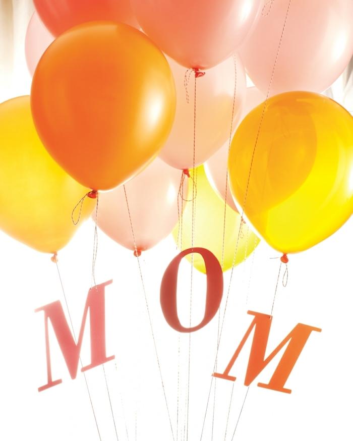 party ideen für mama muttertagsgeschenk selber basteln viele bunte luftballons kreative ideen