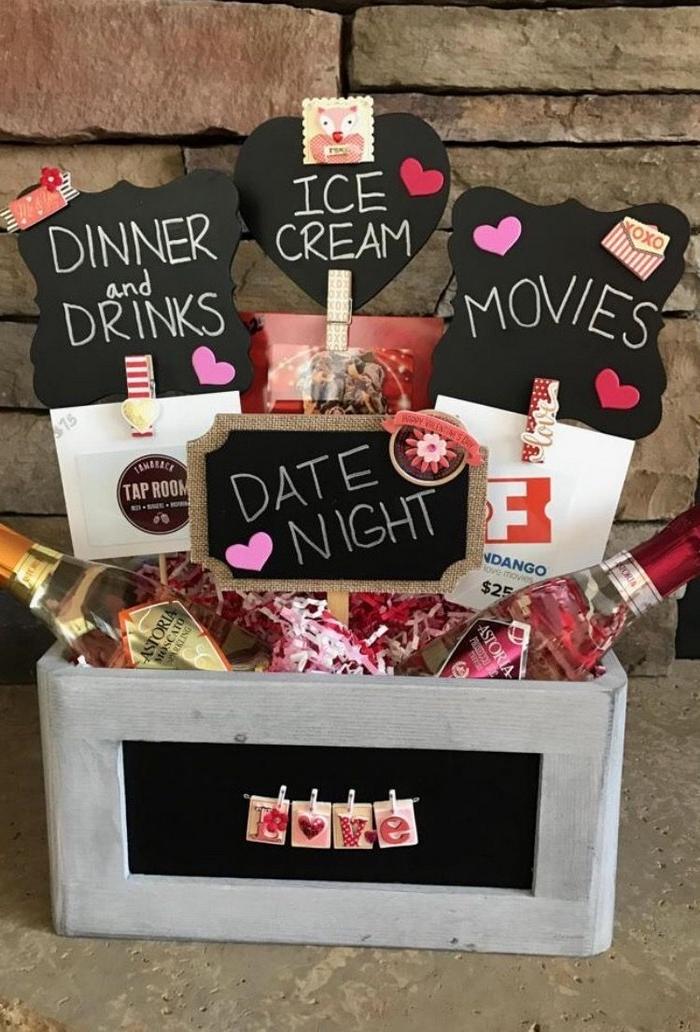 romantische geschenke selber machen valentinstag mann valentinsgeschenk für ihn schachtel mit kleinen sachen für date night diy geschenke freund
