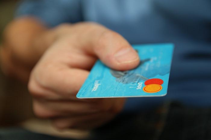 schlüsseldienst auswählen bezahlen schlüssel reparieren kreditkarte bezahlen schlüssel jakob de 24 h schlüsseldienst finden