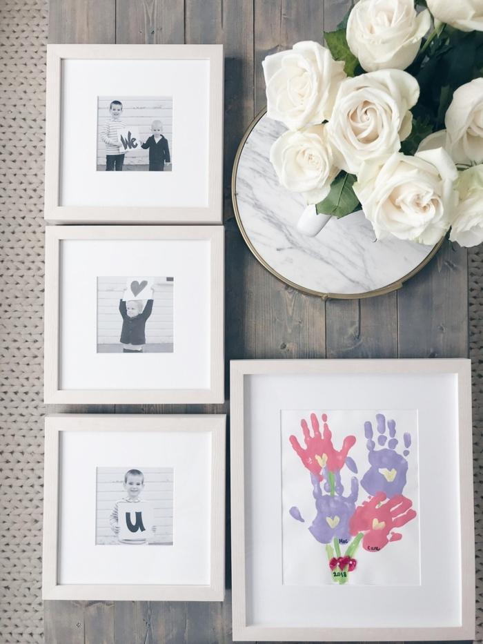 schwarz weiße familienfotos bild von handabdrücke originelle muttertag geschenke vase mit weißen rosen